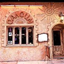 photo of cancun restaurant