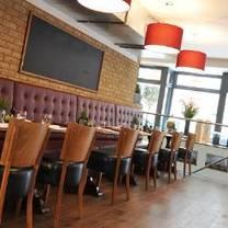 photo of gustoso ristorante & enoteca restaurant