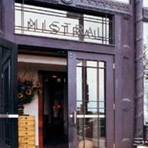 foto von mistral - boston restaurant
