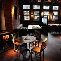 photo of the bridge tavern restaurant