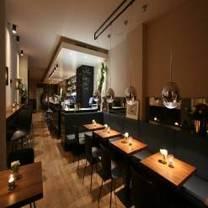 foto von willie james restaurant
