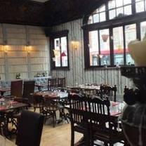 photo of black lion kilburn restaurant