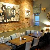 photo of the duncombe arms restaurant