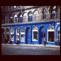 photo of howies victoria street restaurant