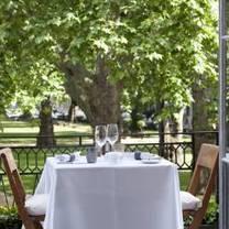 photo of morton's club restaurant