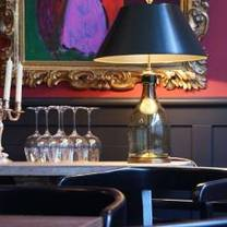 foto von petit bonheur restaurant