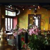 photo of cafe 100 wasser restaurant