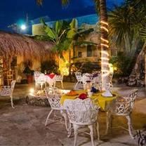 foto von la mission - playa del carmen restaurant