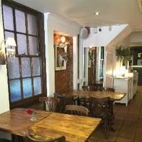 photo of amor amora restaurant