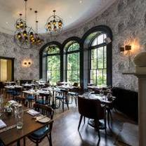 photo of the churchill hotel restaurant