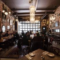 foto von antique garage soho restaurant