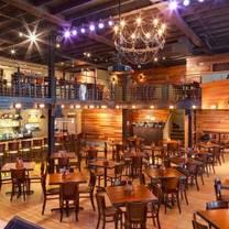 photo of lafayette's music room memphis restaurant