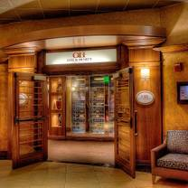 photo of otis & henry's - isle casino waterloo restaurant
