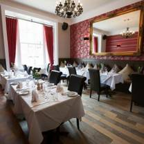 foto van olivers bar & restaurant restaurant