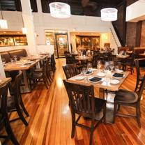 photo of clintons bar and grille restaurant