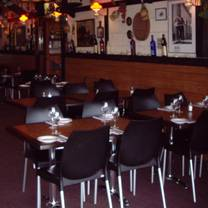 photo of vinnie's italian restaurant restaurant