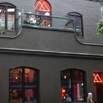 foto von magic mountain restaurant