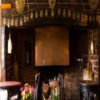 photo of the queens head restaurant