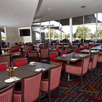 photo of the phoenix hotel restaurant