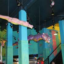 photo of gator's croc & roc restaurant