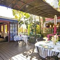 photo of the real macaw restaurant