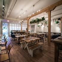 foto von ten foot henry restaurant