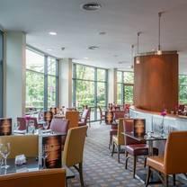photo of eleven bar & grill at crowne plaza birmingham nec restaurant