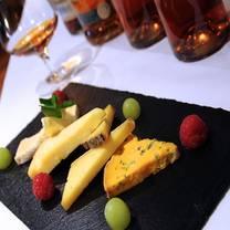 photo of montmartre restaurant