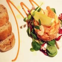 photo of signature's bistro - the kimberley hotel restaurant