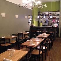 photo of pon thai bistro restaurant