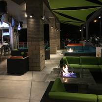 photo of island wing company grill & bar restaurant