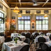 photo of le colonial - houston restaurant