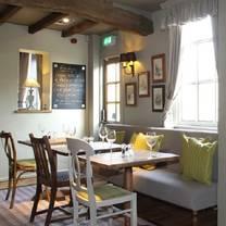 photo of the honey bee restaurant