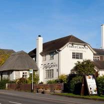 photo of the three crowns inn restaurant