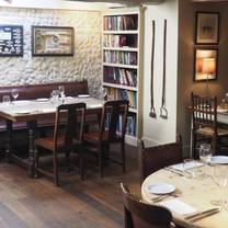 photo of the kings head letheringsett restaurant