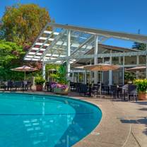 photo of dinah's poolside restaurant restaurant