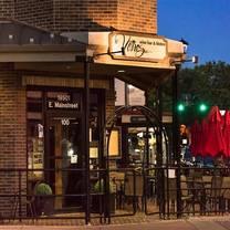 photo of vines wine bar restaurant