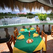 foto de restaurante laguna tino's