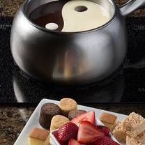 photo of the melting pot - destin restaurant