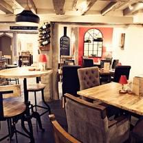 photo of bayards cove inn restaurant