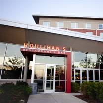 photo of houlihan's - champaign restaurant