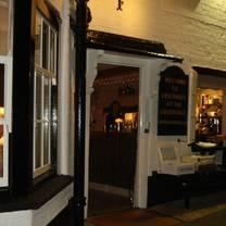 photo of luscombes restaurant