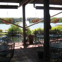 photo of charlie's on the lake restaurant
