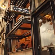 photo of pearl dive oyster palace restaurant
