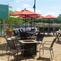 west edge restaurant & loungeのプロフィール画像