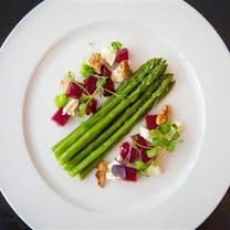 photo of blaue gans restaurant