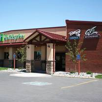 photo of qt's restaurant - holiday inn restaurant