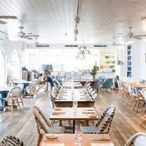 photo of paper daisy - halcyon cabarita beach restaurant