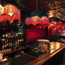 foto von the little pig speakeasy restaurant
