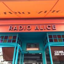 photo of radio alice pizzeria clapham restaurant